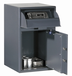 CD_DS_CASH_CUBICLE_002.jpg